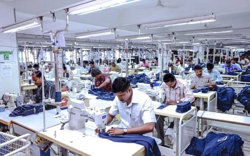 India Labor issues cloud Indias knitwear hub Tirupurs